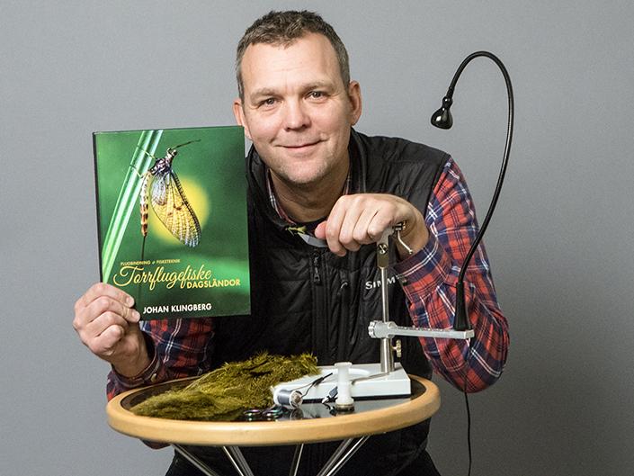 Johan Klingberg är aktuell med sin bok Torrflugefiske - dagsländor. Foto: Anders Holm